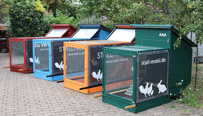Mobiler Hühnerstall in Fahrt