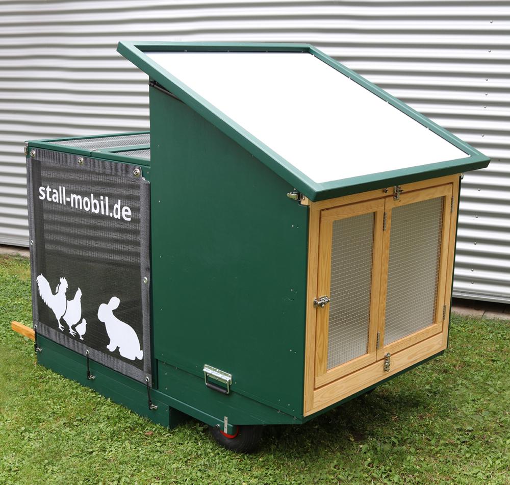 Mobiler Hühnerstall für Kaninchen umgebaut