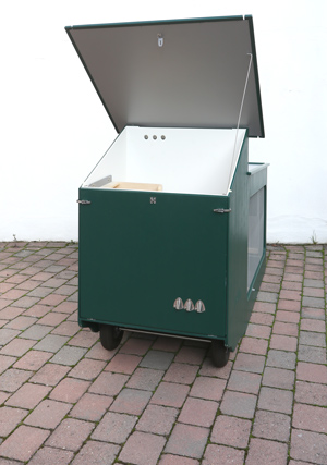 Mobiler Hühnerstall Pultdach geöffnet